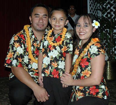 Zane Kaaialii with his family